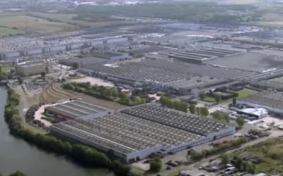 Menacesur l'usine Renault de Flins