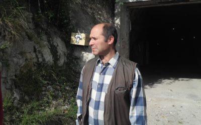 """Visite de la champignonnière """"Les Carrières"""" àÉvecquemont, avec Angel Moioli"""
