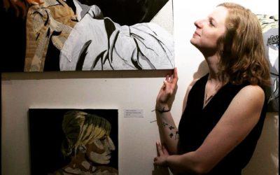 Annabelle Amory, artiste-peintre collagiste àl'exposition EVENGREENART