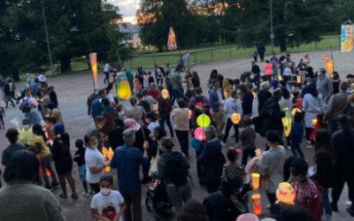 Succès pour la Marche de la Lumière malgré lapluie