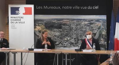La ministre chargée de la ville, Nadia Hai, a signé des conventions «bataillons de la prévention» aux Mureaux
