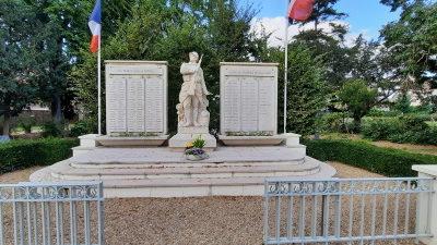 En souvenir de la libération des Mureaux en1944